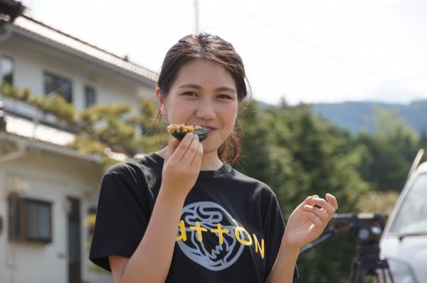 2015.5.20きゅうり6-600x398